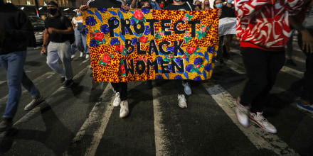 Image: Thousands of Breonna Taylor protestors marched in NYC