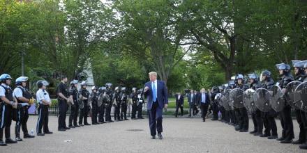 Image: Donald Trump St John's Episcopal Church