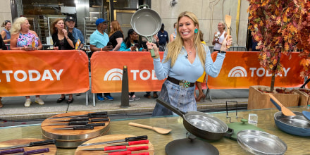 Jill Martin on the TODAY plaza for Steals & Deals broadcast