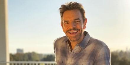 Eugenio Derbez sonriendo
