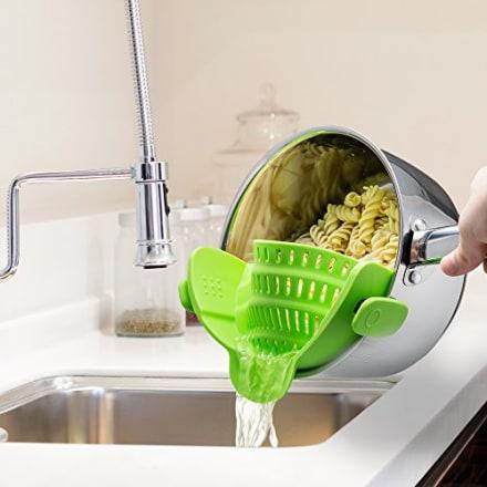 Kitchen Gizmo Snap N' Strain Strainer