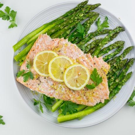 Lemon garlic salmon with asparagus