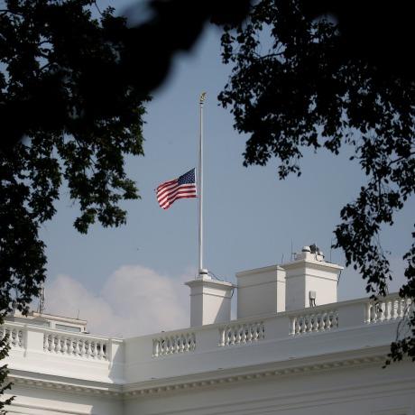 Image: White House flag once again flies at half-staff in honor of Senator John McCain (R-AZ) in Washington