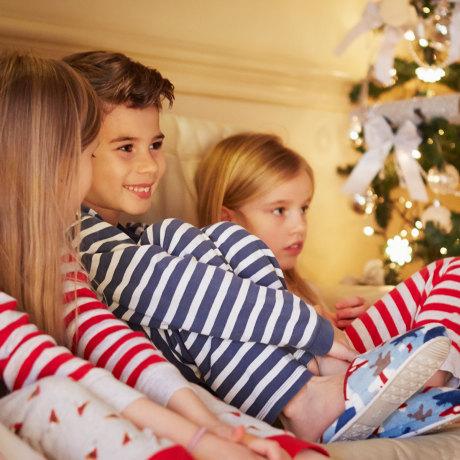matching family pajamas, family Christmas pajamas
