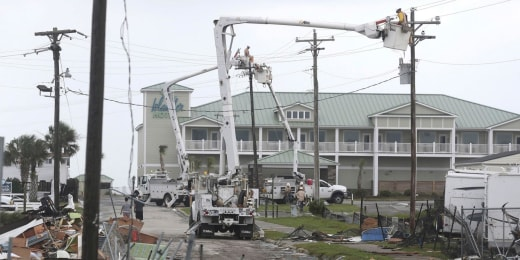 Hurricane Dorian: Florida residents prepare for worst, state