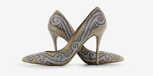1dd3ed44d9265e The surprisingly functional reason high heels were invented