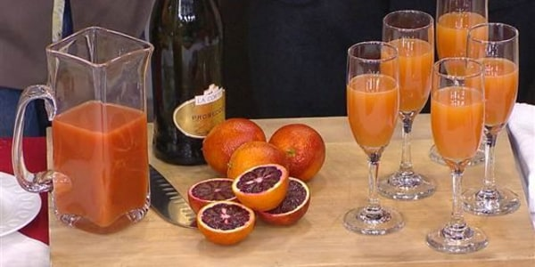 Fresh Fruit Prosecco Spritz