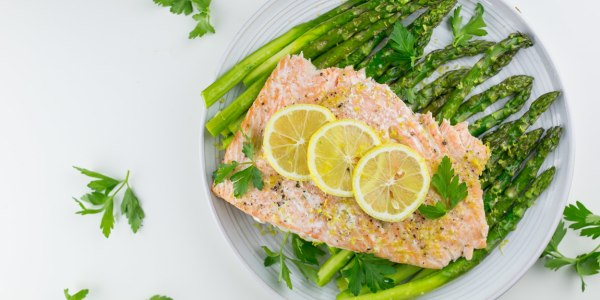 Lemon-Garlic Salmon with Asparagus