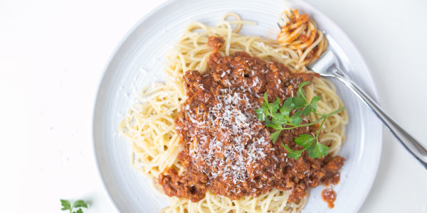 Spaghetti with Meat Sauce and Balsamic-Roasted Carrots
