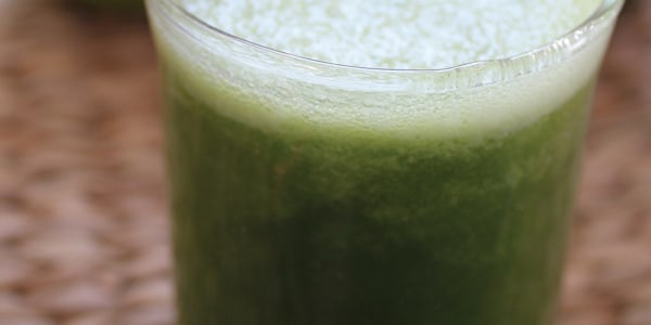 Clean & green! 5 healthy juice recipes you can make in a blender