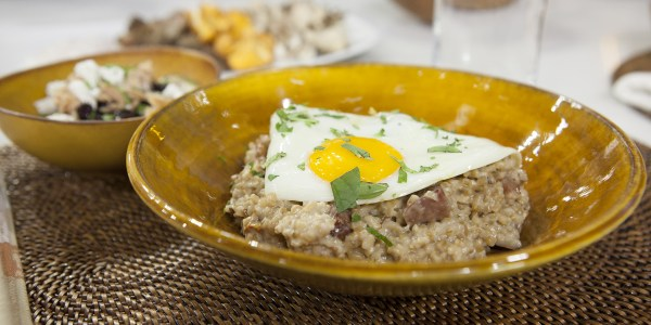 Savory Oats with Bacon, Mushrooms, Fried Egg