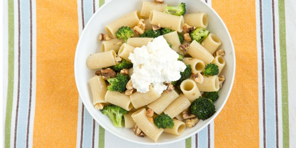 Rigatoni with Broccoli, Walnuts and Ricotta