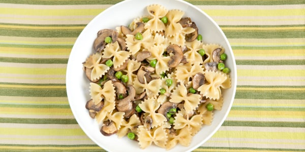 Farfalle with Creamy Mushrooms and Peas