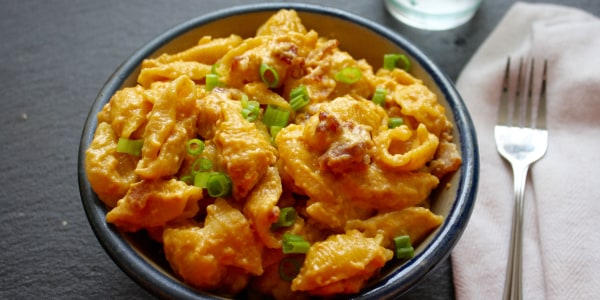 Slow-Cooker Bacon Macaroni and Cheese