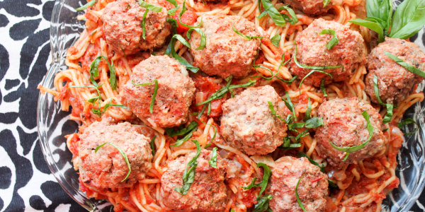 One-Pot Slow-Cooker Spaghetti and Meatballs