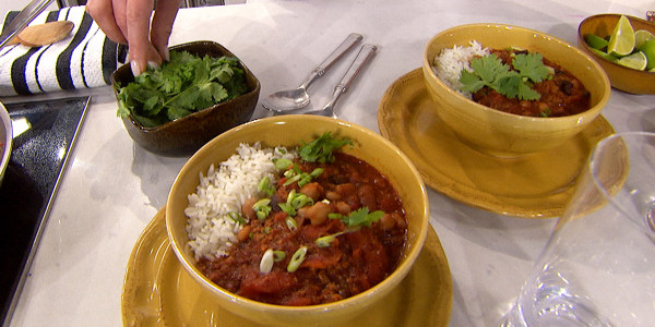 Katherine Heigl's Three-Bean Chili with Sausage and Beef