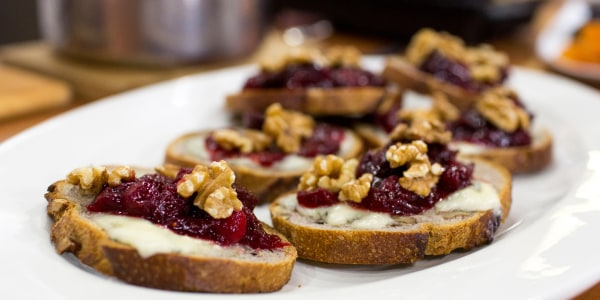 Spiced Cranberry-Fig Preserve