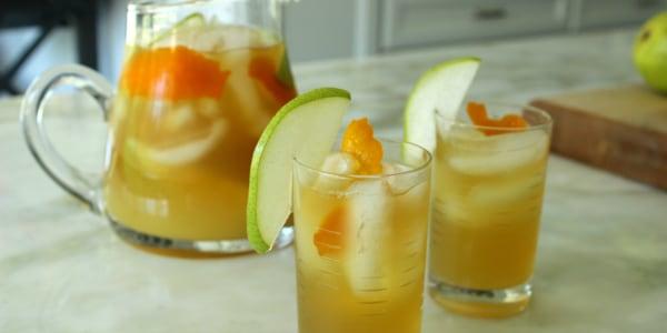Big Batch Green Tea, Vodka and Pear Punch