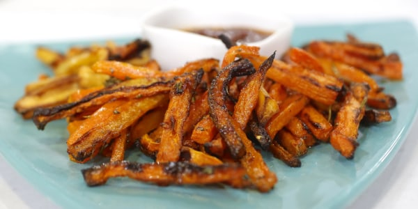 Baked Carrot Fries with Rosemary