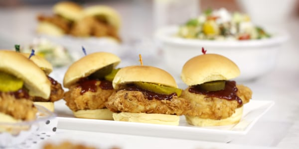 Al Roker's Barbecue Chicken Sliders