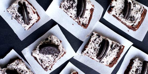 Cookies and Cream Gooey Cake