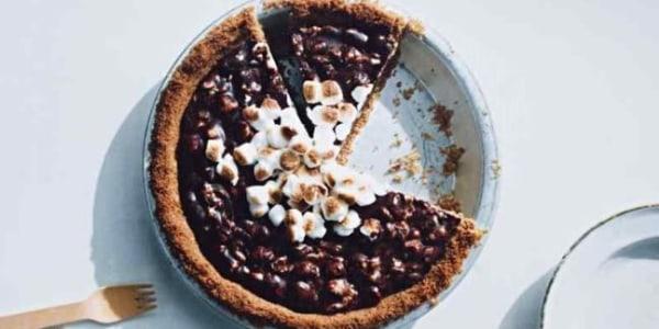 Martha Stewart's Toasted S'mores Pie