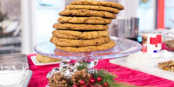 Sea Salt Caramel Chocolate Chip Cookies