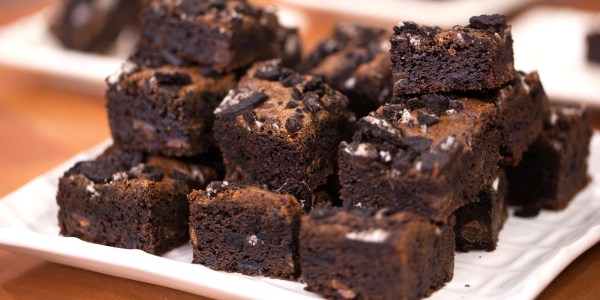 One-Bowl Chewy Oreo Brownies