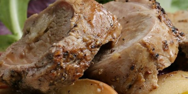 One-Pot Pork Tenderloin with Apples