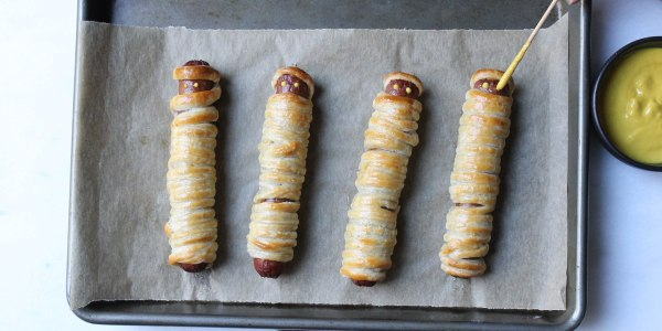 Yummy Mummy Dogs for Halloween