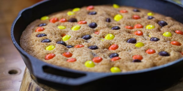 Candy Skillet Cookie