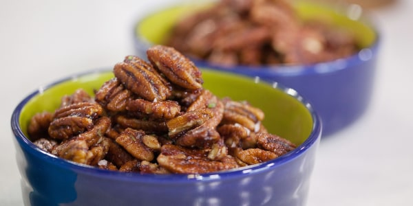 Cranberry and Rosemary Glazed Pecans