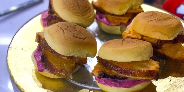 Wicked Turkey Sliders with Cranberry Aioli