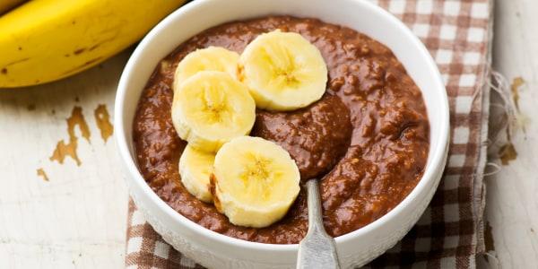 Chocolate-Banana Overnight Oatmeal