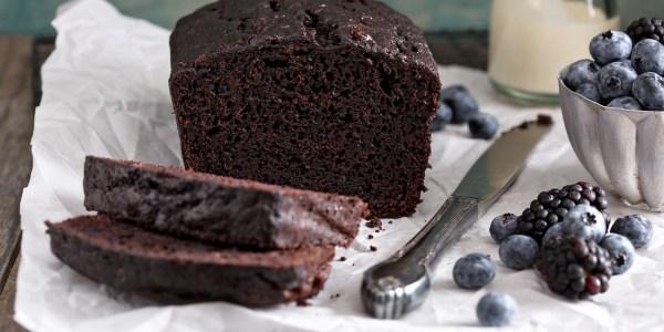 Chocolate, Cinnamon and Almond Loaf Cake