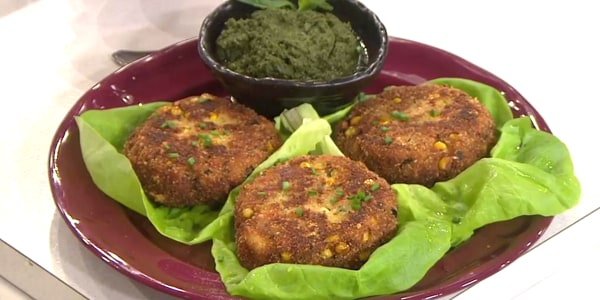 Spiced Crab Cakes with Mint Chutney