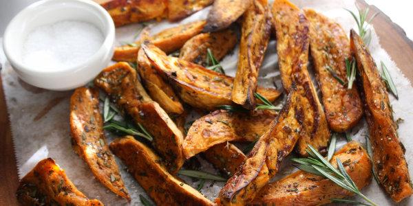 No-Fry Rosemary Sweet Potato Wedges
