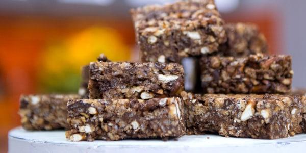 No-Bake Dark Chocolate Peanut Butter Pretzel Squares