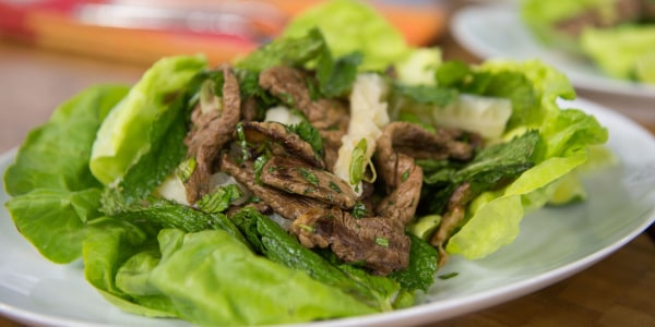 Larb Seen (Thai Beef Salad)