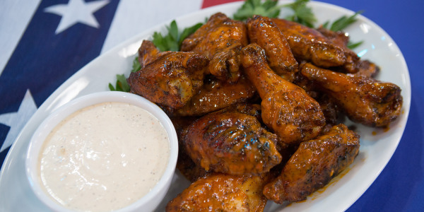Hatch Vinegar Chicken Wings with Alabama Barbecue Sauce
