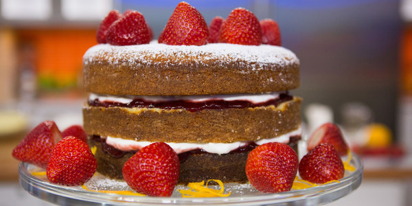 Orange Blossom Strawberry Spongecake