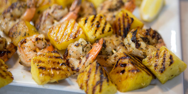 Grilled Garlic-Lemon Shrimp with Pineapple