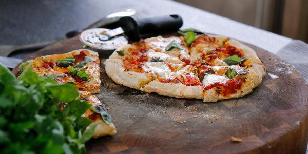 Bobby Flay's Pizza Margherita
