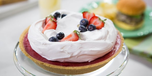 Sunny's No-Bake Strawberry Blueberry Pie