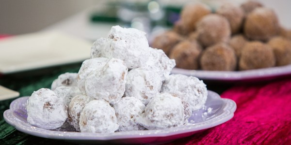 Donut Snowballs