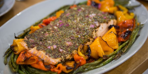 One-Pan Mustard Salmon with Peppers and Green Beans