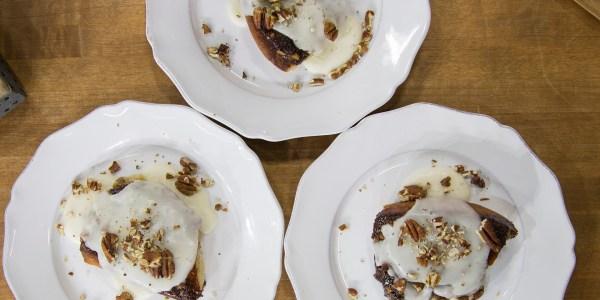 Dairy-Free Crock-Pot Sticky Coconut-Cinnamon Buns
