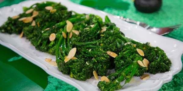 Tender Broccoli with Garlic, Orange and Toasted Almonds