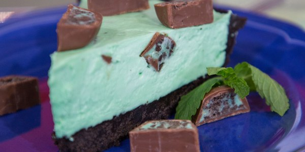 No-Bake Mint Chocolate Pie