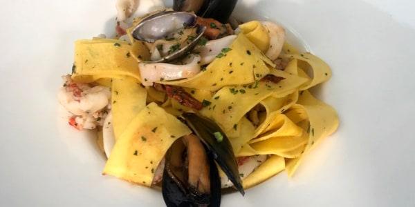 Tagliatelle alla 'Giulio' (Seafood Pasta)